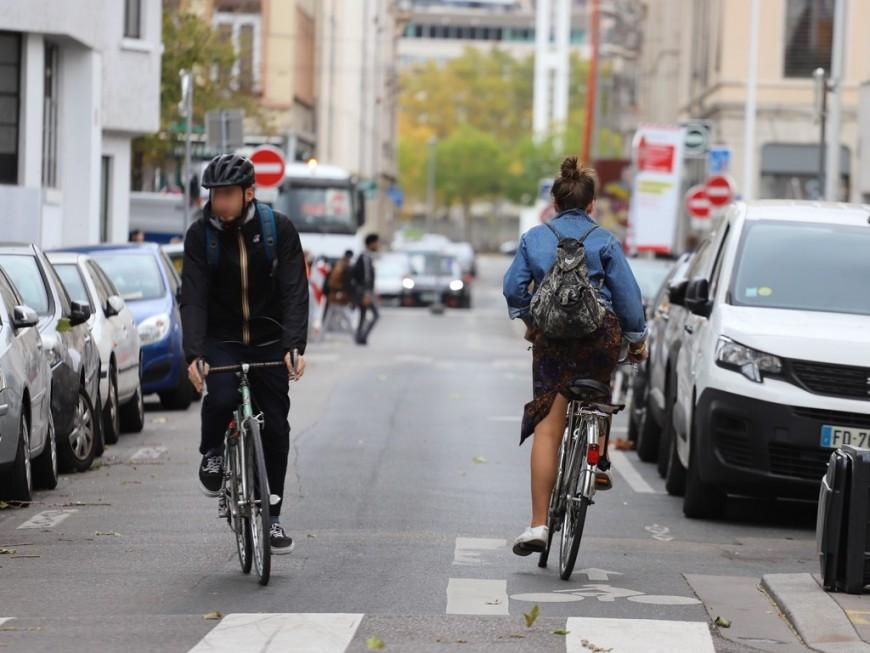 Un double sens cyclable mis en place Grande rue de la Guillotière
