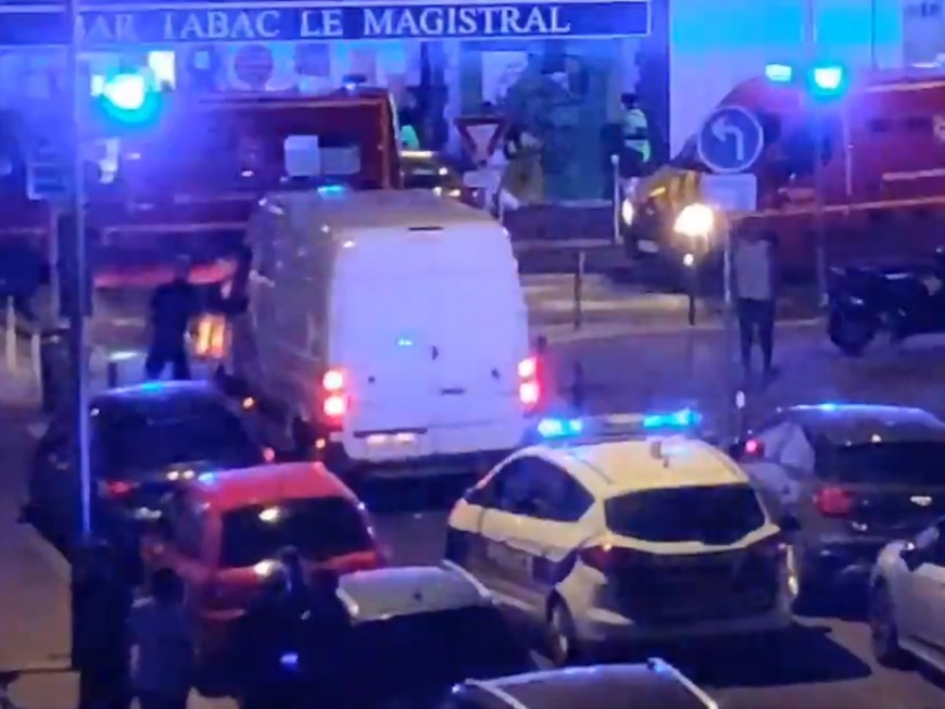 Tirs à Villeurbanne: 25 douilles retrouvées sur place, les tireurs en scooter?
