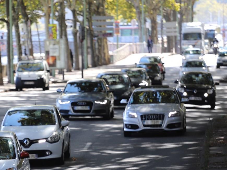 Une action collective engagée à Lyon contre la Zone à faibles émissions