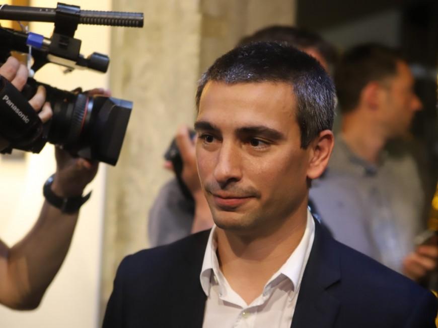 Yann Cucherat demande la mise en place du conseil municipal en visio-conférence