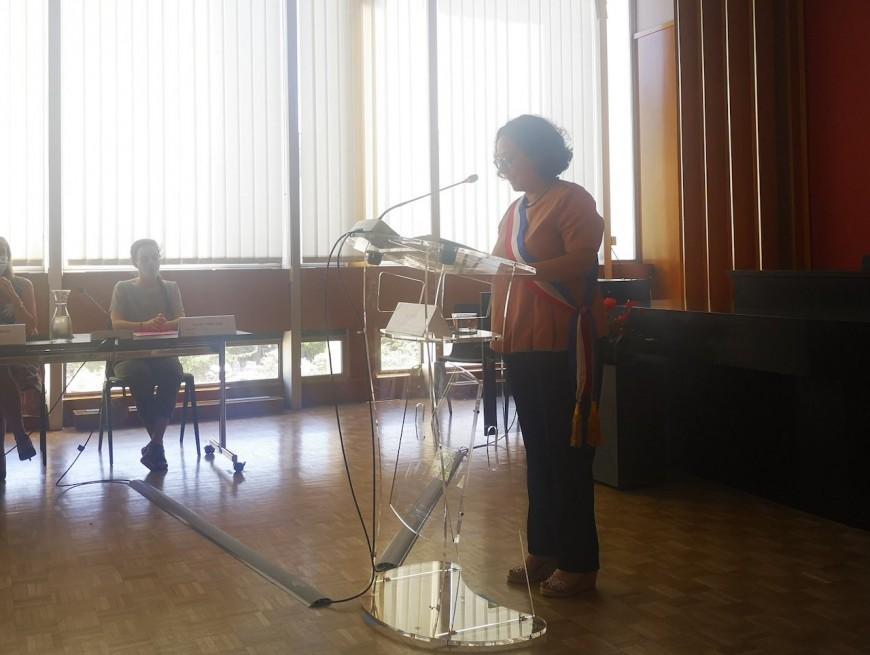 Lyon: Anne Braibant-Thoraval (EELV) installée dans le fauteuil de maire du 9e arrondissement