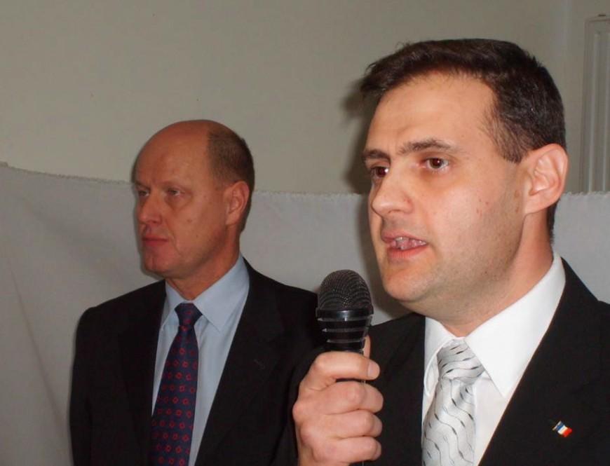 Un conseiller municipal de Vénissieux exclu pour 2 ans du Front National