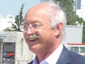 Jean-Louis Touraine réclame un hommage national pour Stéphane Hessel