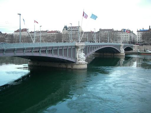La 33e édition de la Traversée de Lyon à la nage ce dimanche
