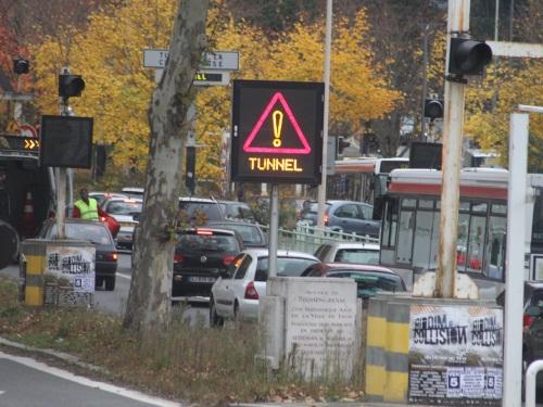 Fermeture du tunnel de la Croix-Rousse : pas de pagaille pour l'instant...