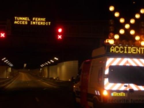 Le tunnel de Fourvière fermé plusieurs heures après un accident de poids-lourd