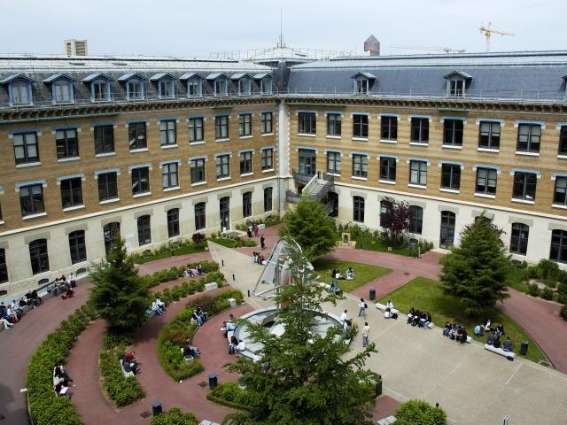 Frais de Scolarité : trois universités lyonnaises hors-la-loi