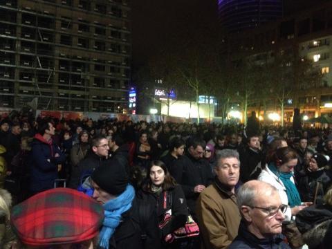 Des milliers de voyageurs évacués sur la place Béraudier - LyonMag