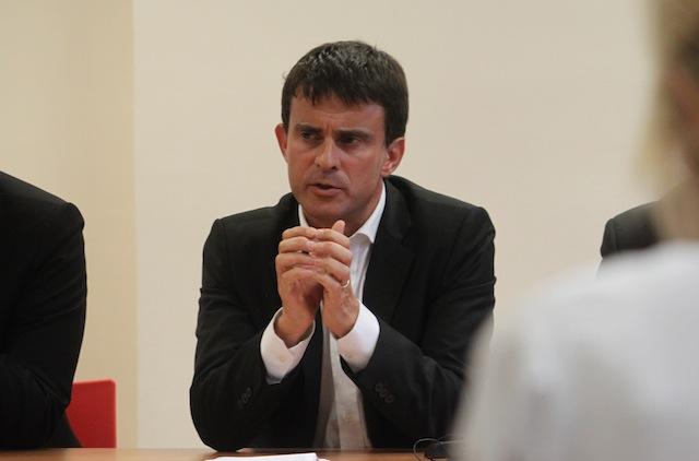 A Lyon, Manuel Valls promet la création de 500 postes dans la police par an