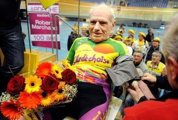 Un centenaire va tenter de réaliser un record du monde à vélo à Lyon