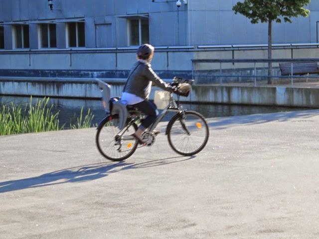 Lyon : 47 carrefours équipés de tourne-à-droite pour les vélos