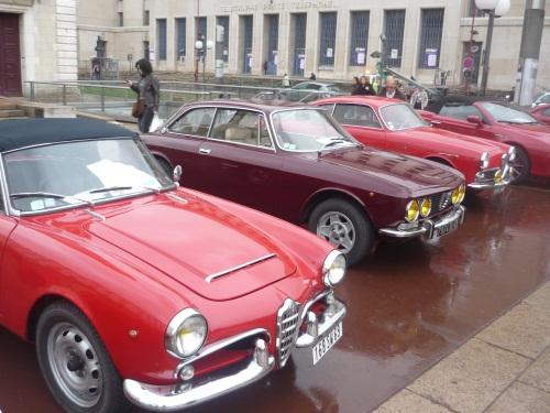Défilé de voitures de collection à Lyon ce dimanche