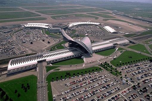L'aéroport St-Exupéry à son altitude de croisière