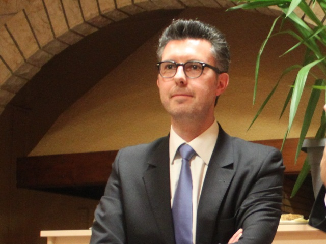 Médiathèque de Bron : Yann Compan dénonce l'entêtement des politiciens